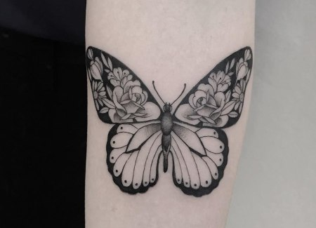 tatuaje animal mariposa