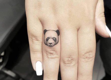 tatuaje cuerpo dedos