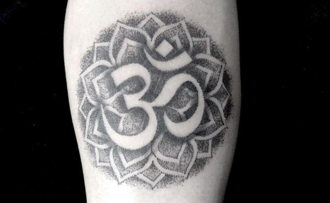 tatuaje om mandala