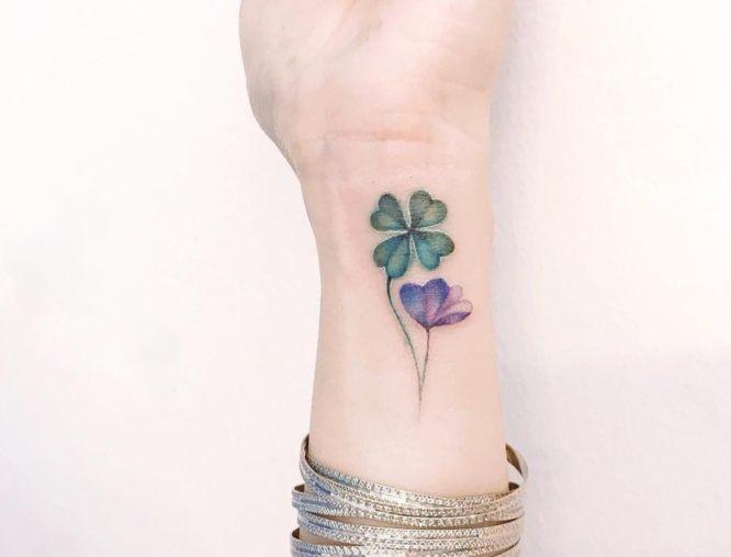 tatuaje trebol muñeca 2
