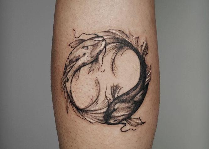 tatuaje yin yang peces koi