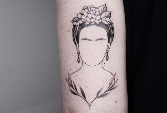 tatuajes minimalistas frida kahlo