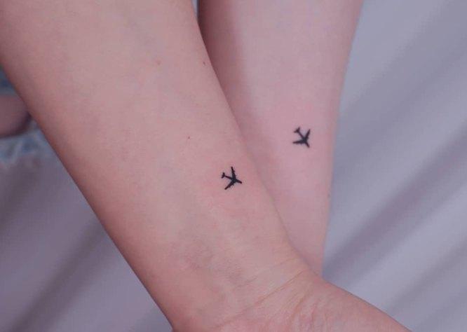tatuajes pareja aviones