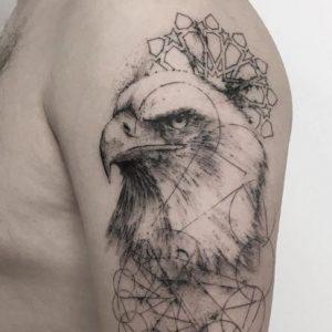 Tatuajes de Águilas con Significado, Diseños e Ideas