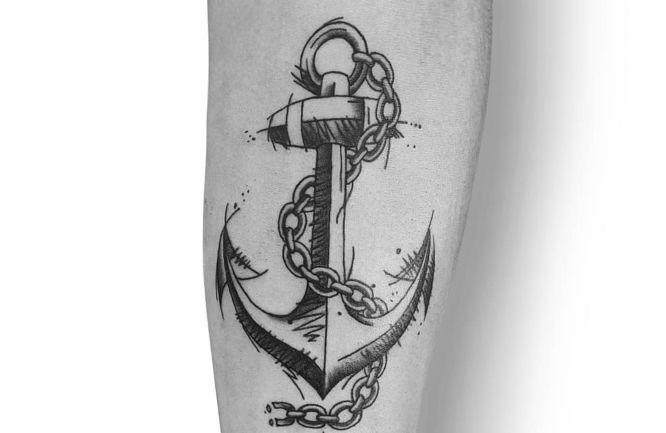 tatuajes anclas hombre brazo