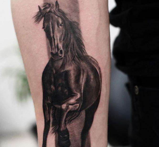 tatuajes caballos realismo