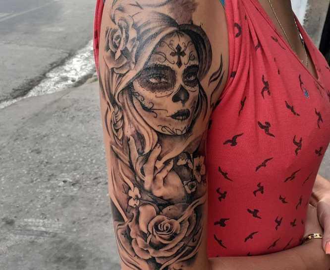 tatuajes catrina brazo mujer
