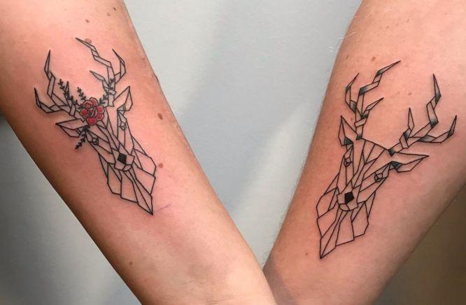 tatuajes ciervos geometricos