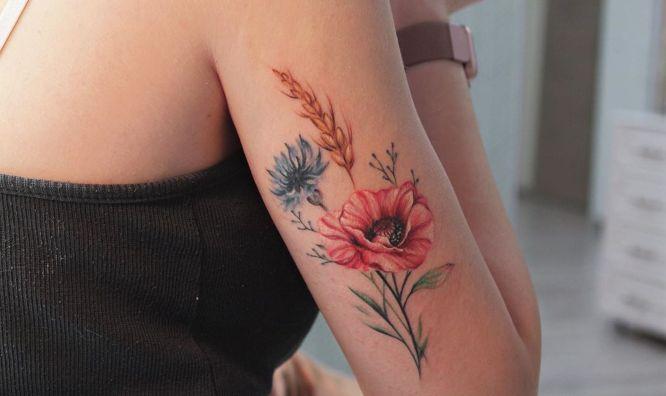 tatuajes de flores hibiscus
