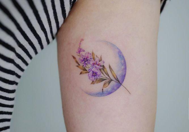 tatuajes de flores orquidia
