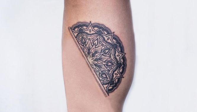 tatuajes mandalas pequeños mitad