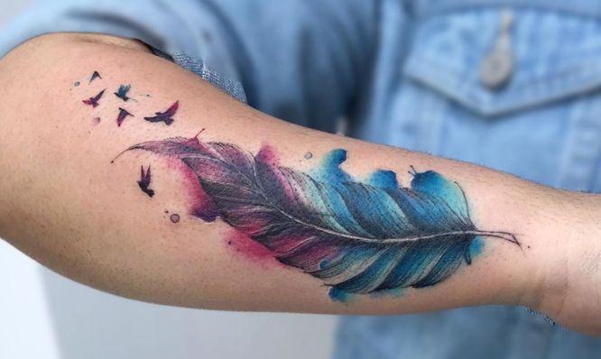 tatuajes plumas acuarela pajaros