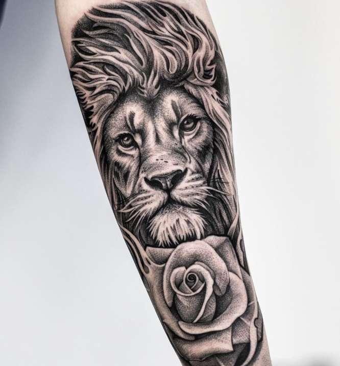 tatuajes antebrazo entero leon