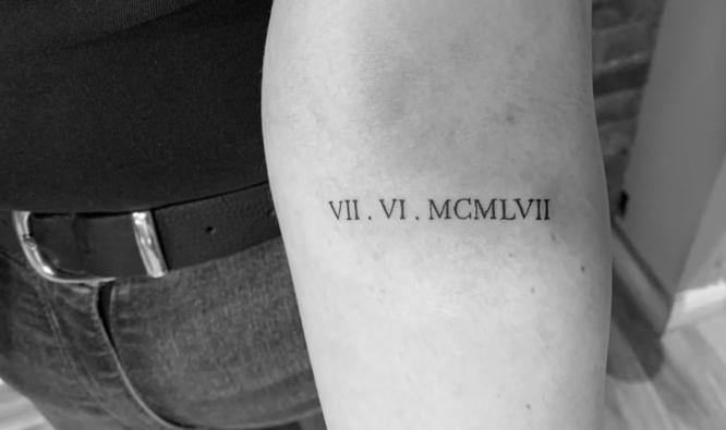 tatuajes antebrazo pequeño numeros romanos