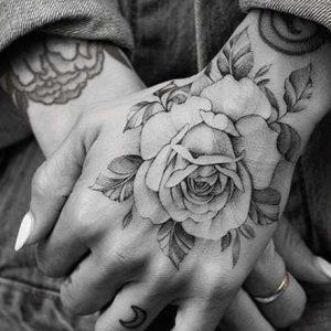 Tatuajes en la Mano con Diseños e Ideas