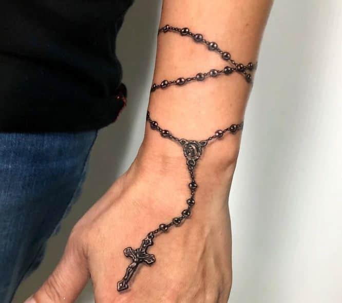 tatuajes rosario muñeca