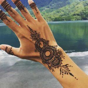 Tatuajes de henna: Diseños, Consejos, Beneficios y Cuidados