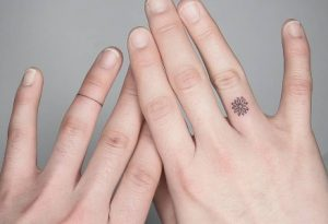 tatuajes dedos